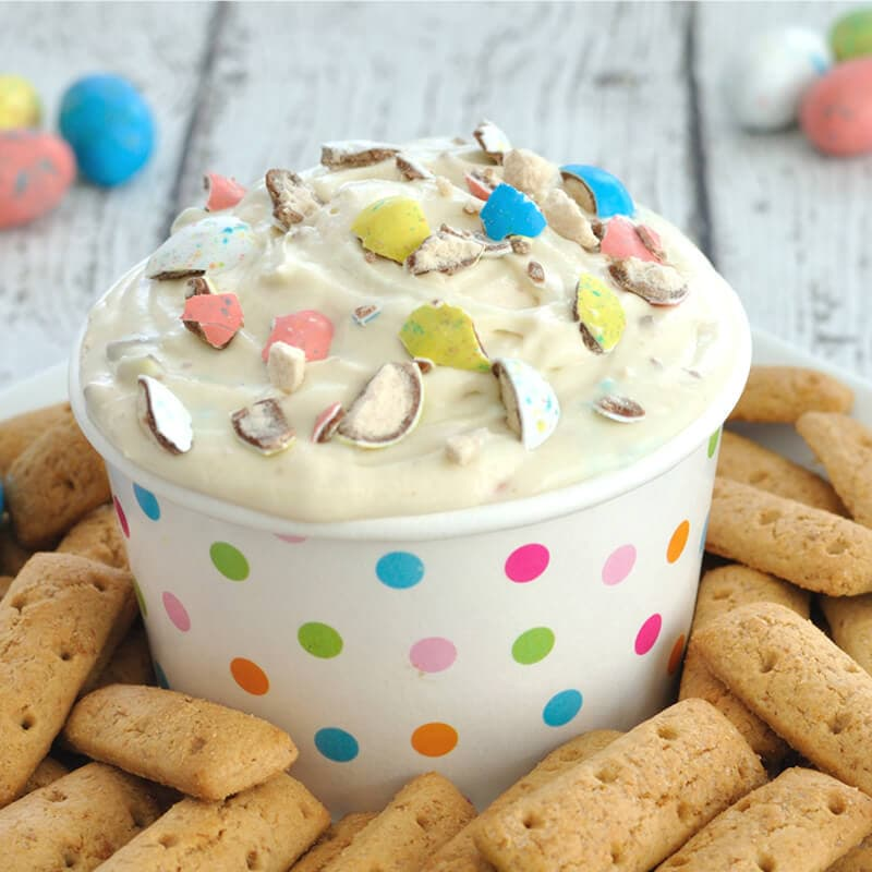 If you love malted milk or whopper robin eggs, then you will love this festive Easter Malted Milk dessert dip. Easy 6 ingredient dessert recipe for Easter