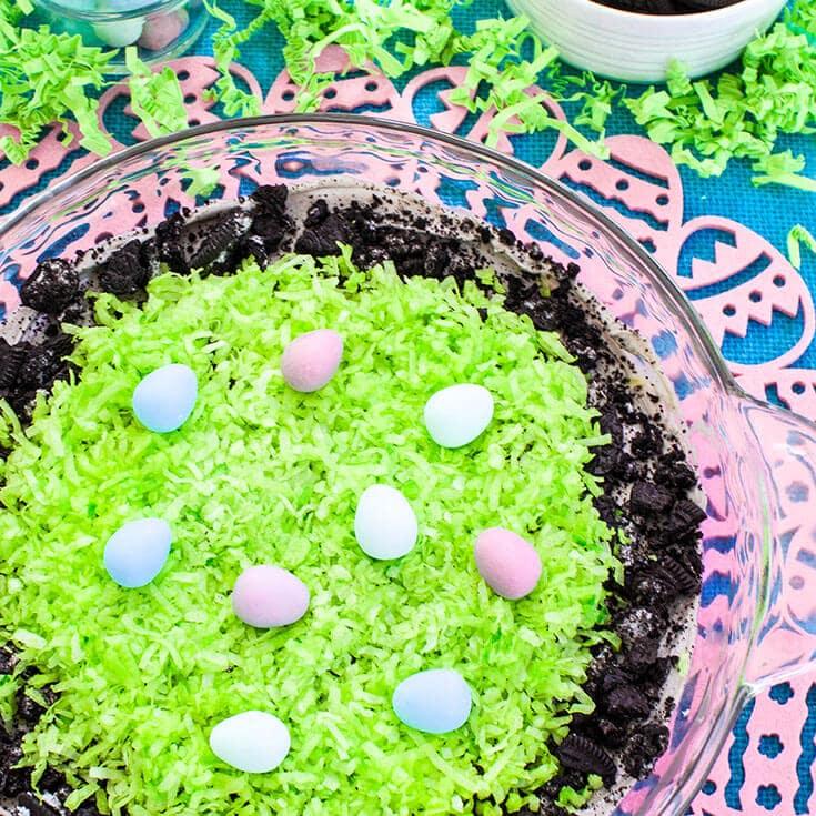 Oreo Dip- Creamy Easter Dessert